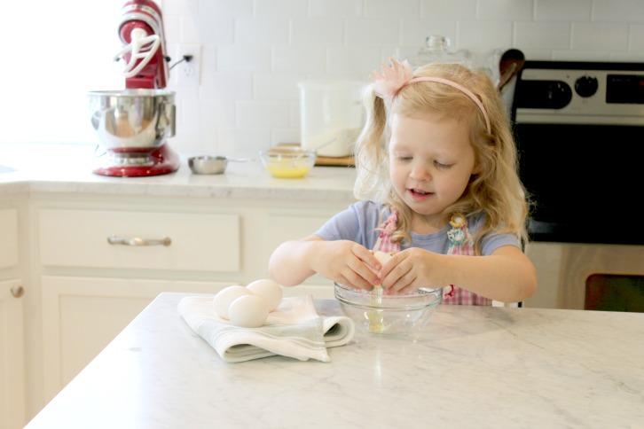 Alice Baking 2